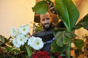 Arturo - Floristería y funeraria A Valenzá